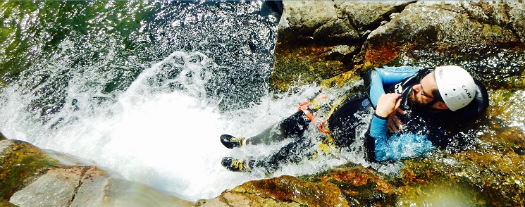 montage video canyoning