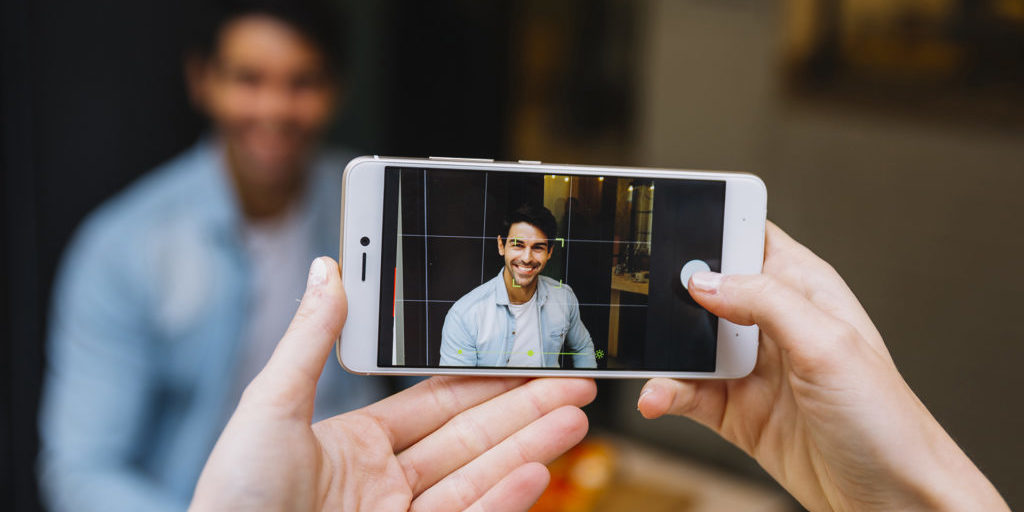 video-entreprise-smartphone